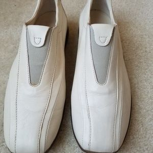White causal leather slip on shoe